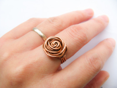 DIY Wire Wrapped Rose Ring