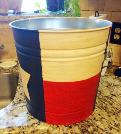 Texas flag bucket