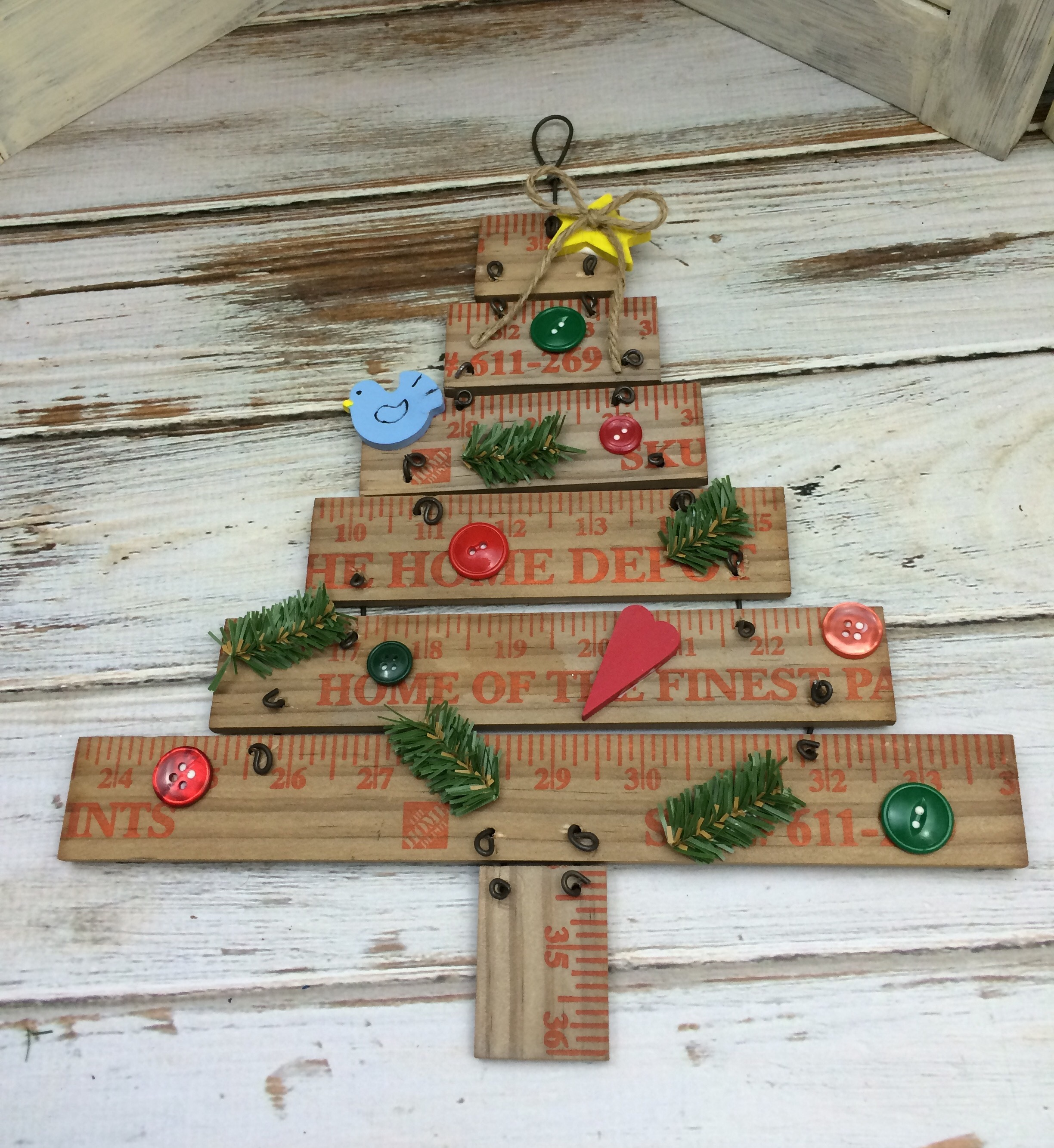 Diy Yard Stick Christmas Tree Featured in Country Sampler Christmas