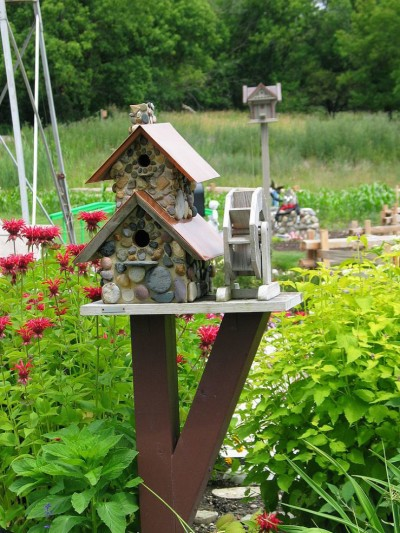 diy birdhouse & Feeders for your feathered friends