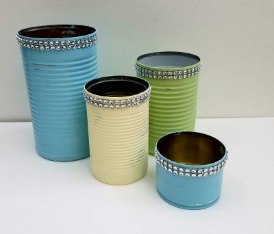 Quick And Easy Repurposed Tin Cans