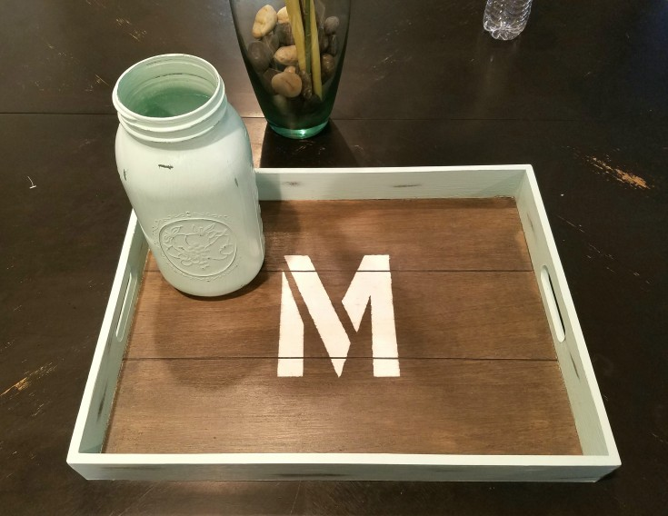 diy farmhouse style tray and mason jar