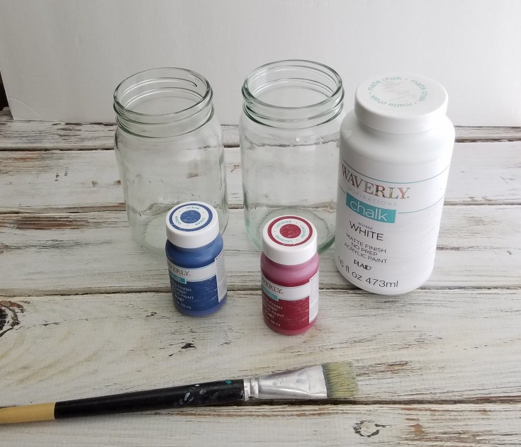 How to make some Easy Stars and Stripes Glass Jars