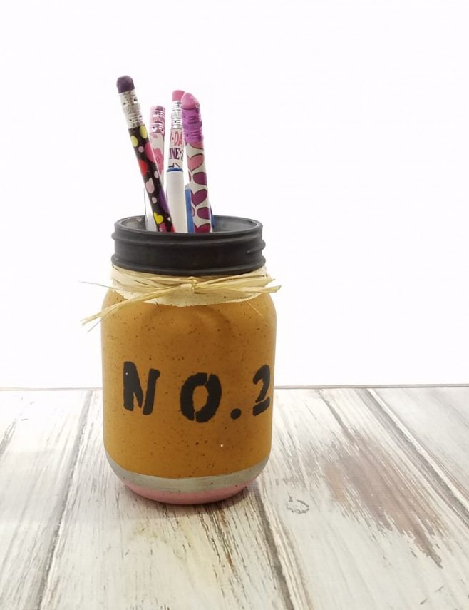 How to Paint a Glass Jar That Looks Like a Pencil