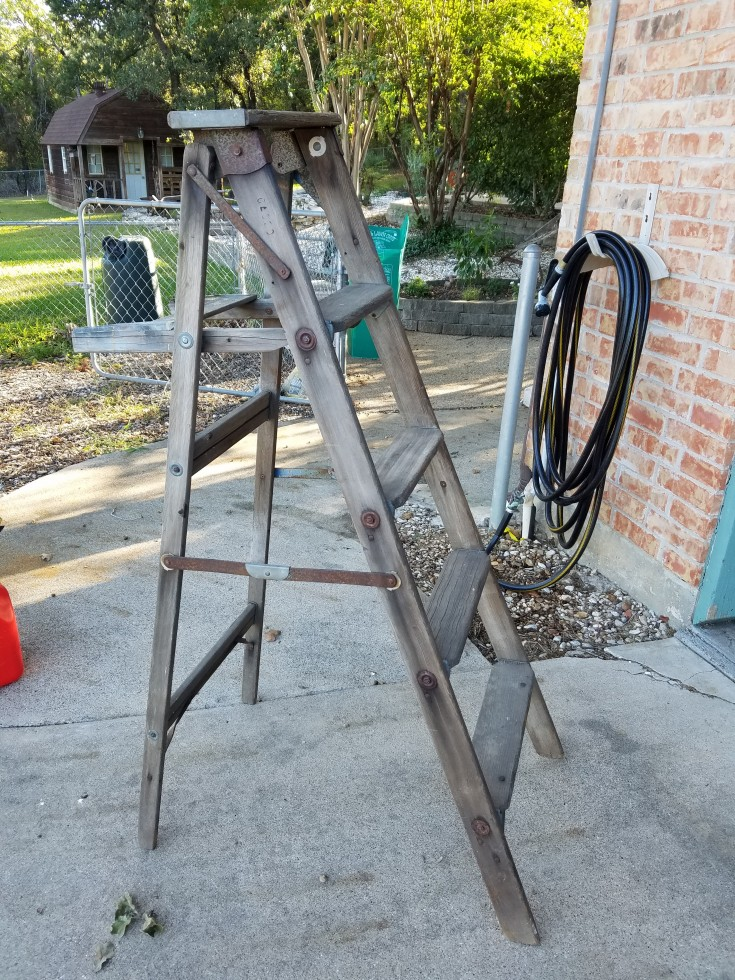 Turning an Wooden Ladder into Yard Art