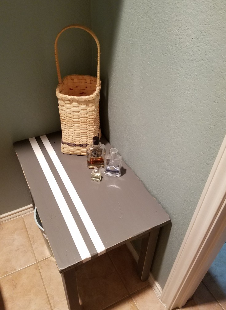 Super Easy Side Table Makeover