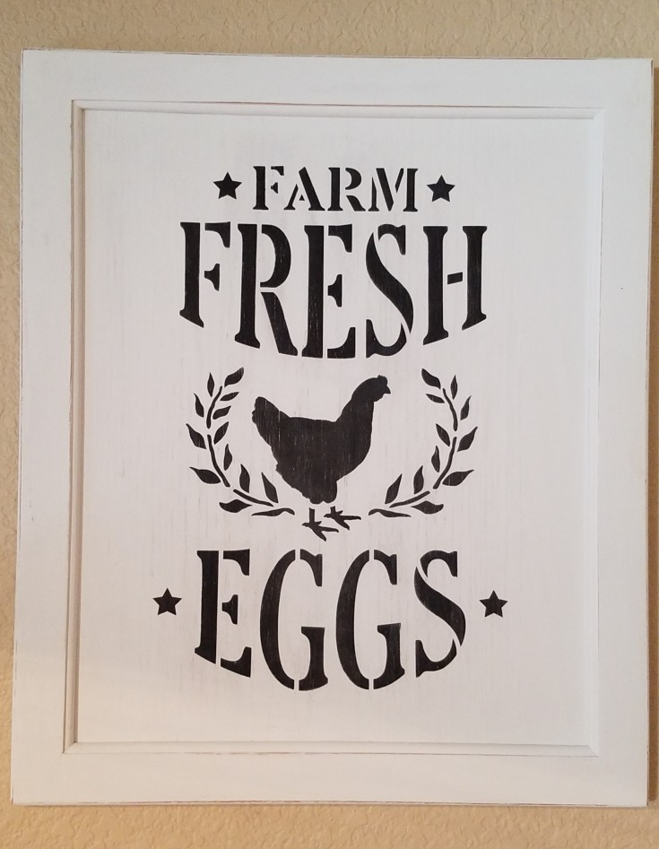 How to Make a Farm Fresh Eggs Sign on a Cabinet Door | Diy farmhouse sign #Farmhouse #sign #diy #handmade #handpainted #FarmFreshEggs MixedKreations.com