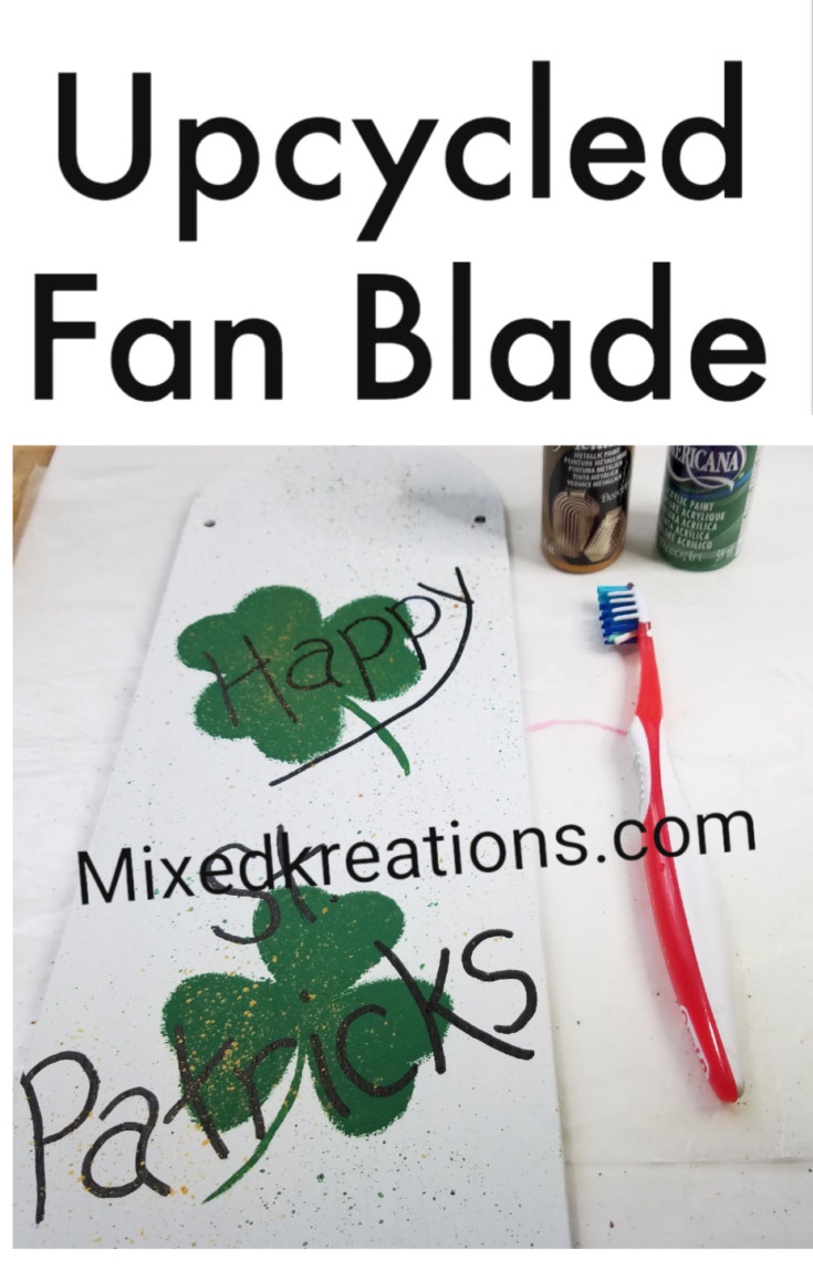 DIY Reversible Holiday Décor – Fan Blade